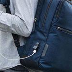 便利なUSBポート付きバッグ!人気のガジェタブルにも出た!ボビーや老舗のネオプロ、新進気鋭PUROなどたくさんあります。